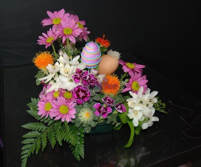 Arranjo Floral de Pascoa