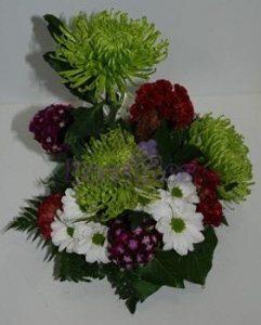 Arranjo floral com Celosias e Anastacias