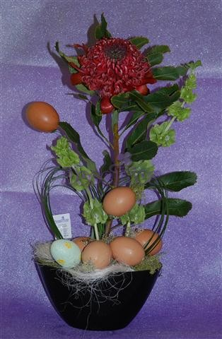Arranjo Floral de Páscoa
