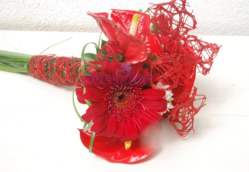 Bouquet gerberas e anturios